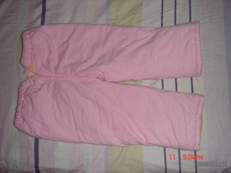 一岁以前都可穿的棉裤。1欧